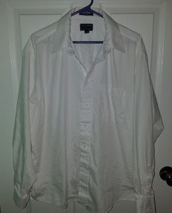 SALE 7 FOR $20 Ivy Crew Button Down Shirt